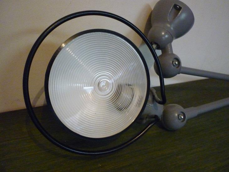 lampe d 39 atelier de marque jielde broc 39 en 39 guche. Black Bedroom Furniture Sets. Home Design Ideas