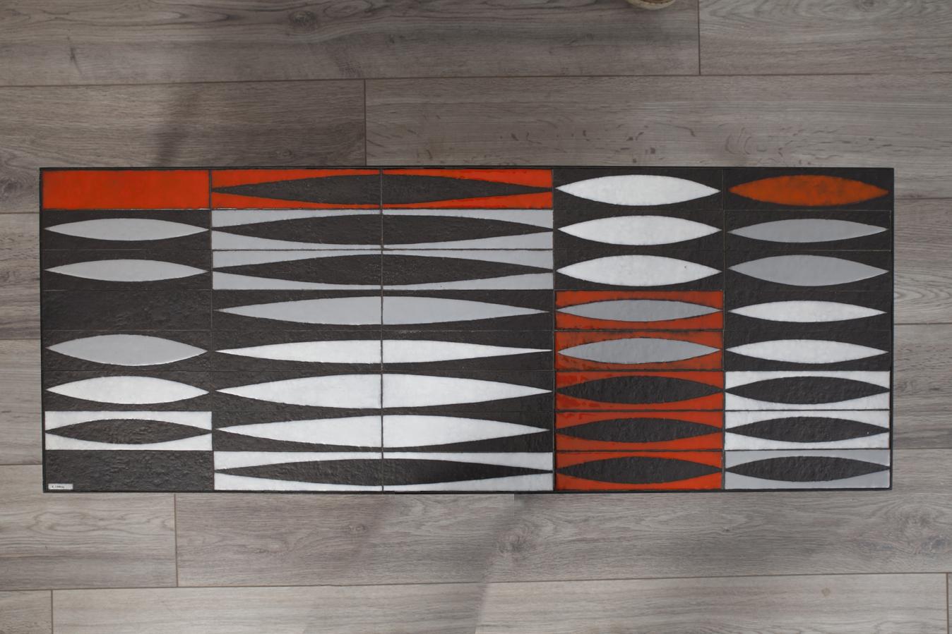table basse sign e roger capron mod le navette circa 1950 broc 39 en 39 guche. Black Bedroom Furniture Sets. Home Design Ideas