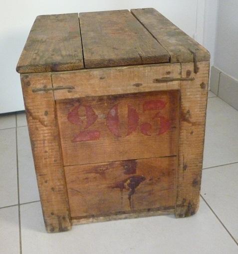 caisse en bois persil lave tout tout seul avec couvercle broc 39 en 39 guche. Black Bedroom Furniture Sets. Home Design Ideas