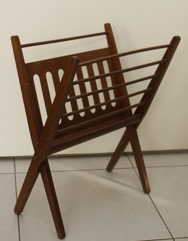 porte revues design scandinave broc 39 en 39 guche. Black Bedroom Furniture Sets. Home Design Ideas