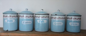 pots (11)
